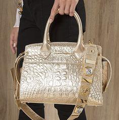 Bolsa Cristal Glacê Carmen Steffens! Ilumine suas produções com esta bolsa  glam! b108308c30f48