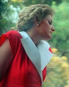 So lovely in red❤️🌹 January 29, 1988.