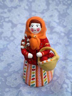 'Пасхальная барынька' Дымковская игрушка в интернет-магазине на Ярмарке Мастеров. Глиняная керамическая игрушка, выполненная в технике дымковской игрушки. Яркая, декоративная, оригинальная, традиционно русская игрушка. Послужит хорошим подарком на Рождество и Пасху, украшением инт…