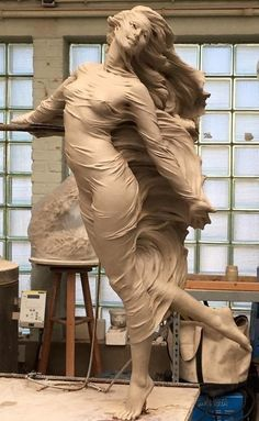 Artist Creates Life-Size Sculptures Of Women Inspired By Renaissance Art Reveals The Beauty Of Female Form Tachisme, Modelos 3d, Poses, Sculpture Clay, Erotic Art, Clay Art, Traditional Art, Oeuvre D'art, Female Art