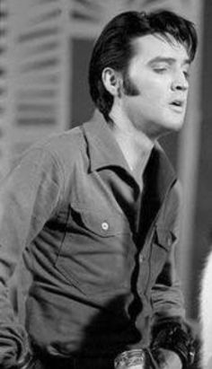 Elvis Presley Photos, Free Knitting, Movie Stars, Rock And Roll, 1, King, Touch, Movies, Cook