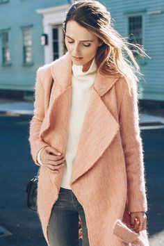 Read on to see how our latest Chic styled the prettiest blush pink coat…
