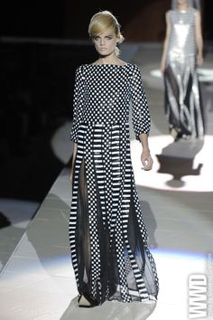 """paisley-and-daisies:  womensweardaily:  Marc Jacobs RTW Spring 2013 Spring, Jacobs said in a preview, would be about restraint. And """"very, very brutal. Brutal in its simplicity. That's our new word for the season."""" For More See all of WWD.com's RTW Spring 2013 Runway Coverage  oh my god, oh my god, oh my god I want this dress."""
