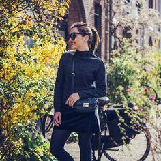 Mix de texturas no solzinho de inverno (tá, por aqui é primavera, mas o look é perfeito pro nosso inverno, né?) #ootd #amsterdam #fashion