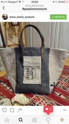 Tuto Sac Cabas Playa Plus Coin Couture, Couture Sewing, Diy Sac, Denim Bag, Fabric Bags, Purses And Bags, Messenger Bag, Tote Bag, Leather