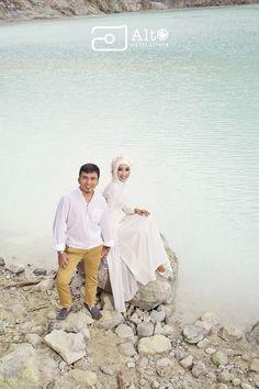 Elegant Theme 02 | Taken at The White Crater, Bandung-Indonesia.