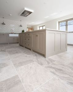 Silver Cloud sandblasted & brushed limestone tiles available for kitchen floor tiles. Order your FREE sample today! Large Floor Tiles, Grey Floor Tiles, Ceramic Floor Tiles, Wall Tiles, Modern Floor Tiles, Ceramic Flooring, Tile Flooring, Limestone Flooring, Travertine Floors