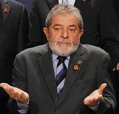 Lula ainda não pode ser ministro. Com a decisão de teori Zavascki negando as Arguições de Descumprimento de Preceito Fundamental (ADPFs), os efeitos da decisão de Gilmar Mendes continuam valendo, Lula ainda não pode ser ministro. A…