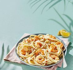 Garlic-king-prawn-linguine