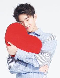 U stole my heart❤❤❤❤ Yang Wei, Yang Yang Actor, Wei Wei, Love 020, My Love, Dramas, The Kings Avatar, Yang Chinese, Crush Pics