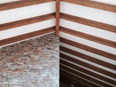 Paneles sándwich THERMOCHIP con acabado en Lasur Blanco | #THERMOCHIP #madera #paneles #decoracion #arquitectura #interiorismo #construccion