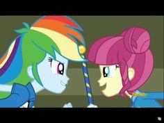 Rainbow dash and majorette