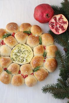 A festive pull-apart bread wreath with baked Camembert center makes a stunning holiday appetizer and centerpiece. Holiday Appetizers, Holiday Recipes, Christmas Recipes, Christmas Canapes, Holiday Meals, Party Recipes, Yummy Appetizers, Christmas Treats, Christmas Baking