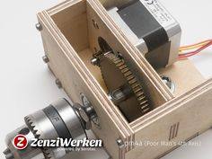 Poor Man's Axis cnc by ZenziWerken - Thingiverse Woodworking For Kids, Woodworking Projects That Sell, Woodworking Skills, Woodworking Plans, Routeur Cnc, Diy Cnc Router, Desktop Cnc, Wood Tools, Diy Tools