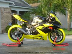 Black and Yellow Suzuki GSXR