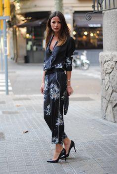 japanese+print,+floral,+print,+zina,+fashionvibe,+black,+louboutin+shoes.jpg (750×1120)