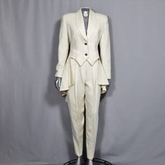 Jaw Dropping Women's Tuxedo Suit Award Show Wedding Party Stage White Tuxedo, White Suits, Tuxedo Suit, Tuxedo Wedding, Wedding Tuxedos, Wedding Pantsuit, Female Tux, Lesbian Outfits, Pantsuits For Women