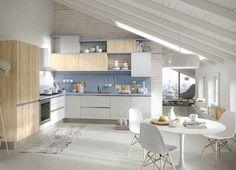 cuisine bois et blanc avec des armoires de cuisine blanches et crédence lilas pastel