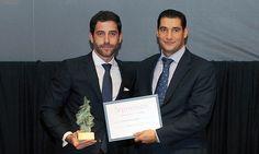 V Premios Castilla y León Económica. Premio a la Mejor Expansión Territorial: César Pontvianne, director general de Plásticos Dúrex, y Javier Muñoz, director de Aenor en Castilla y León.