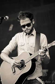 oh Mike.. ♥ Passenger