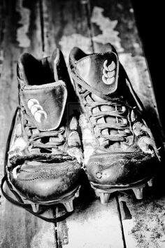 Another picture of what is left of my rugby boots from I used last season. Rest in pieces my good soles. Shots were taken around 2100 in my backyard, us. You Get What You Earn 02 Rugby League, Rugby Players, Rugby Training, Rugby Sport, Womens Rugby, Rugby Men, Rugby Rules, Rugby Pictures, Rugby Girls