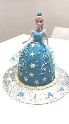 Princess Elsa cake Ma Baker, Elsa Cakes, Cinderella, Disney Princess, Disney Characters, Disney Princes