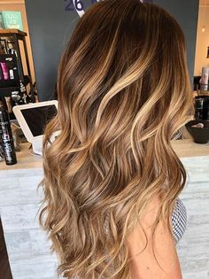 Golden Balayage Hair Colors Highlights You Must Wear Nowadays | Conveyclub #long bob hairstyles for thick hair red Move