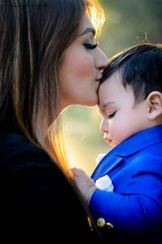 Very much loveable God bless the both Mother Baby Photography, Cute Babies Photography, Cute Baby Girl Pictures, Mom Pictures, Cute Baby Boy Quotes, Mother Son Pictures, Mother And Baby Paintings, Couple With Baby, Family Photos With Baby