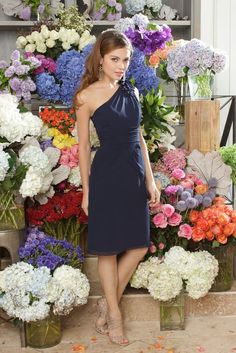 Navy dress - nude shoes - like the nude shoes, but want y'all to wear flats, so sandals might be better