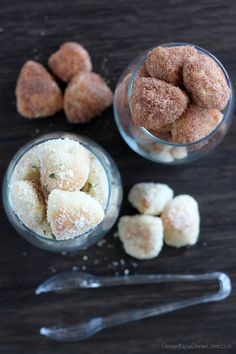 Garlic Parmesan and Cinnamon Sugar Pretzel Bites make great party or after school snacks and are so easy to make! | DessertNowDinnerLater.com #pretzels #pretzelbites #cinnamonsugar #garlic #parmesan