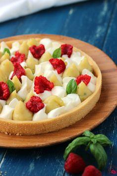 Crostata con crema al limone e basilico, mascarpone dolce e lamponi - Cookiss Bakery