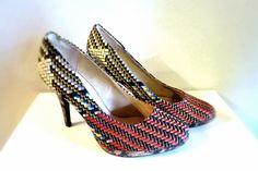 Schuhe Pumps mit afrikanischem Stoff Rot von Saccessoire Pagne auf DaWanda.com
