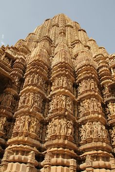 India by David and Sarah's Adventures, via Flickr Historic Architecture, Indian Architecture, Architecture Design, Khajuraho Temple, Buddha Sculpture, Buddha Painting, Indian Temple, Forts, Palaces