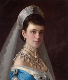 """Runner-up: Portrait of Empress Maria Feodorovna by Ivan Kramskoi, c. in a Kokoshnik Style Tiara (and some incredible pearls), also known as the """"Russian fringe tiara"""". Royal Jewelry, Pearl Jewelry, Jewellery, Vintage Jewelry, Maria Fjodorowna, Court Dresses, Oil Painting Reproductions, Russian Fashion, Digital Painting Tutorials"""