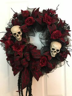 Halloween Wreath, Gothic Halloween Wreath, Spooky Wreath, Autumn Wreath, Gothic Roses Wreath, Skeleton Gothic Wreath, Gothic Glam Wreath