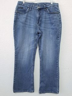 "Lee Platinum Label - Women's Jeans - Size 16 (29"" Inseam) Blue Stretch Denim Pants  #LeePlatinumLabel #BootCut ..... Visit all of our online locations.....  www.stores.eBay.com/variety-on-a-budget .....  www.stores.ebay.com/ourfamilygeneralstore .....  www.etsy.com/shop/VarietyonaBudget .....  www.bonanza.com/booths/VarietyonaBudget .....  www.facebook.com/VarietyonaBudgetOnlineShopping"