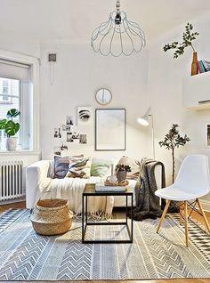 Jurnal de design interior - Amenajări interioare : Atmosferă primitoare într-o garsonieră de 29 m²