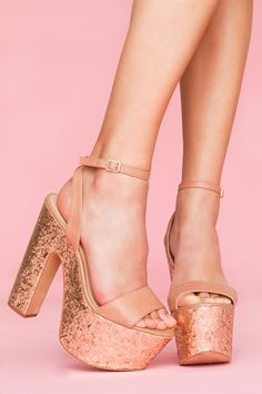 Steve Madden gold glitter platform - I have zero places to wear these but that doesn't stop me from wanting them.