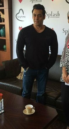 Salman Khan in Dubai 0