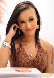 Skin Diamond Beautiful goddess of Porn blessed with a sexy body and a captivating look!