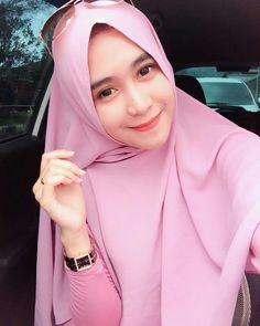 PRETTY MUSLIMAH Arab Girls, Muslim Girls, Muslim Women, Bogor, Big Fashion, Hijab Fashion, Jakarta, Muslim Beauty, Hijab Niqab