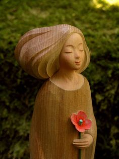 Corn poppy Japan Art, Wood Carving, Poppies, Kawaii, Seasons, Statue, Christmas Ornaments, Disney Princess, Holiday Decor