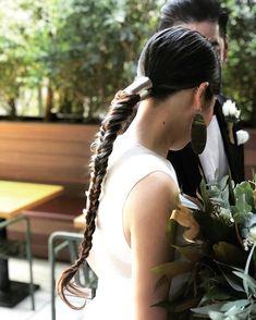 Criss-Cross Goddess Braids - 70 Best Black Braided Hairstyles That Turn Heads in 2019 - The Trending Hairstyle Girly Hairstyles, Very Easy Hairstyles, French Braid Hairstyles, Trending Hairstyles, Short Grunge Hair, Loose Braids, Hair Arrange, Hair Setting, Goddess Braids