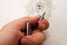 Imagem intitulada Screw extractor Step 4