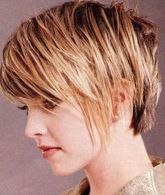 15 Great Short Straight Haircuts | http://www.short-haircut.com/15-great-short-straight-haircuts.html