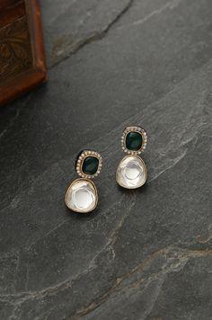 Indian Wedding Jewelry, Indian Jewelry, Bridal Jewelry, Bridal Shoes, Stylish Jewelry, Fancy Jewellery, Simple Jewelry, Fashion Jewellery, Vintage Jewellery
