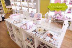Dulces Ilusiones Las Rosas  http://www.dulcesilusiones.es/nuestras-tiendas/tienda-las-rosas/
