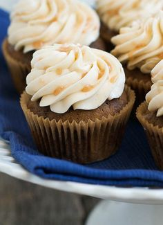 Favourite Starbucks drink as a cupcake? definitly the one! Gunna hunt down this recipe for home this weekend!  Caramel Macchiato Cupcakes