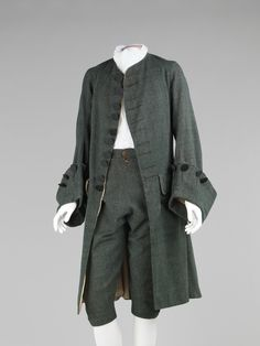 Suit Culture:British Medium:wool, silk Credit Line:Brooklyn Museum Costume Collection at The Metropolitan Museum of Art, Gift of the Brooklyn Museum, H. Randolph Lever Fund, 1968 Accession b 18th Century Clothing, 18th Century Fashion, Historical Costume, Historical Clothing, Vintage Outfits, Vintage Fashion, Fashion History, Men's Fashion, 18th Century Costume