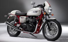 Triumph Thruxton 900 - I want one! Triumph Thruxton 900, Triumph Scrambler, Triumph Bonneville, Triumph Motorcycles, British Motorcycles, Vintage Motorcycles, Custom Motorcycles, Custom Bikes, Royal Enfield